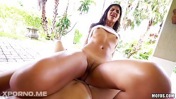 Victoria Valencia is getting fucked next to her swimming pool and enjoying it a lot