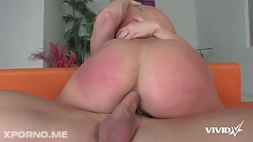 Brooklyn Lee is fucking her lover in the living room and giving him a deep blowjob