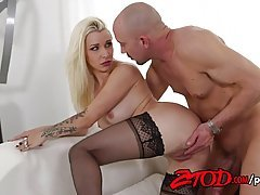 Voluptuous blonde babe Stevie Shae and her bald lover are about to get down and dirty